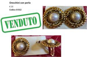B 012 Orecchini con perla