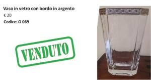 O 069 vaso in vetro con bordo argento
